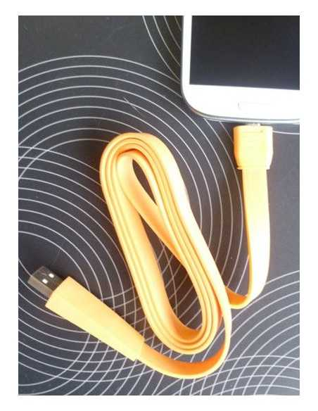 Câble Micro USB extra fin Samsung - Blackberry - HTC et autres Orange